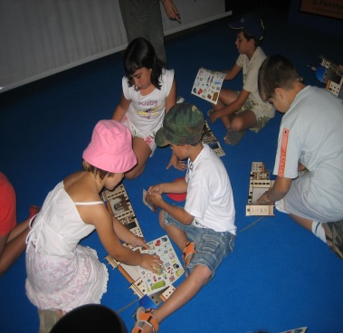 kids playing in the summer english course